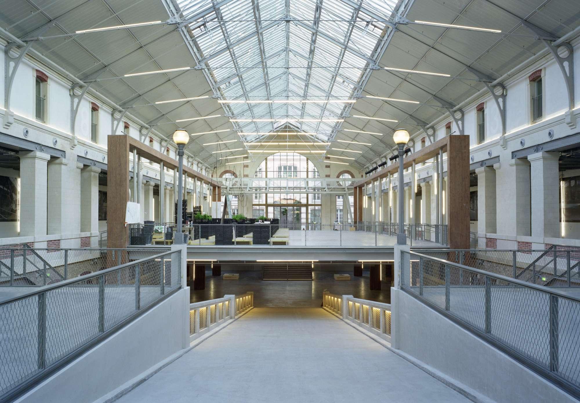 Le centquatre centre de cr ation artistique atelier for Projet architectural definition